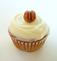 Walnut Cupcakes With Apples
